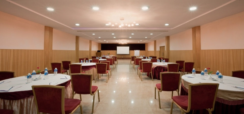 Banquet Hall: Raintree 1